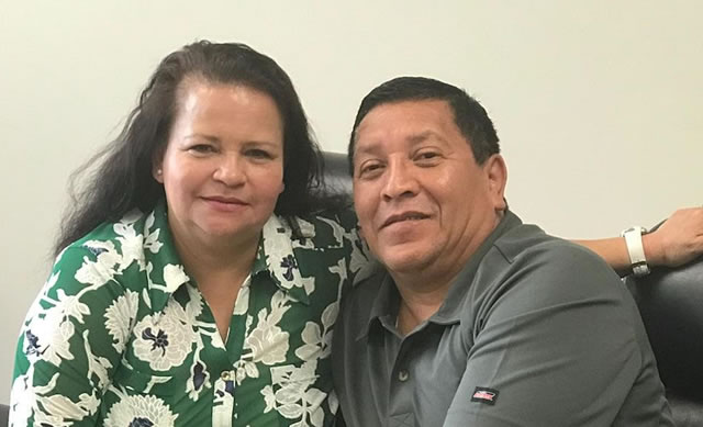 Elmer y Carmen Ruano